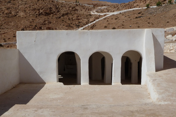 03.Sidi-Brahim-Mosque_exterior_photoMaxRoecker