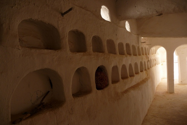 03.Sidi-Brahim-Mosque_interior1_photoMaxRoecker