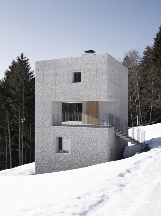 10.Austria_mountain cabin laterns 09 ∏ marc lins_72dpi