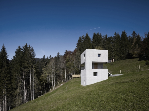 10.Austria_mountain cabin laterns 27 ∏ marc lins_72dpi