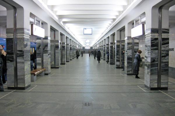 16_Belarus_Minsk_Metro_L1_Akademiya_Nauk