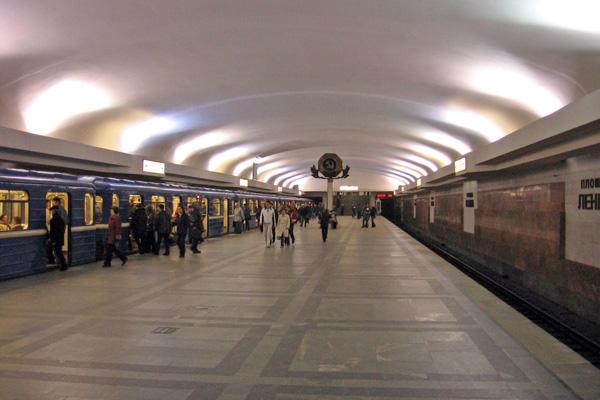 16_Belarus_Minsk_Metro_L1_Lenina