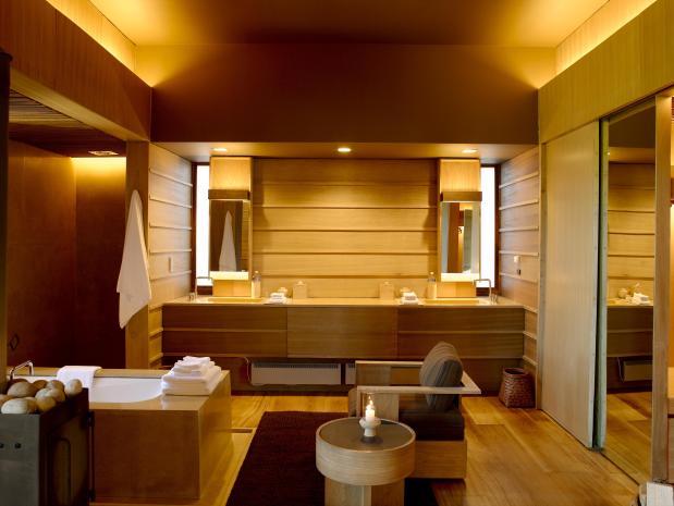 Gangtey Suite-Bath_Vanity 1