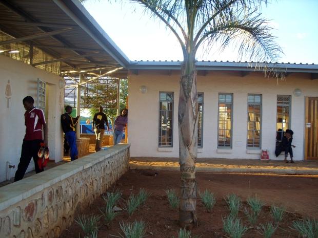 23.Botswana_SEDYEA_garden