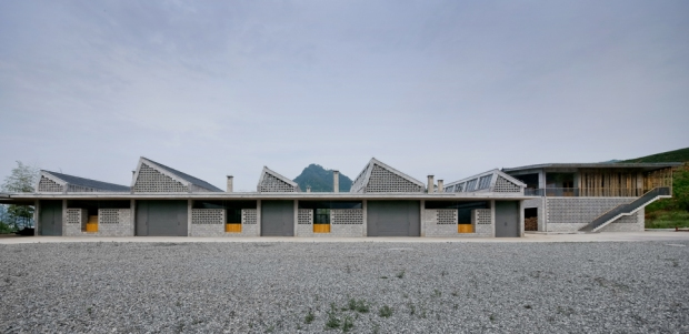 36_china-Wuyishan-Bamboo-Raft-Factory_tao-architects_02
