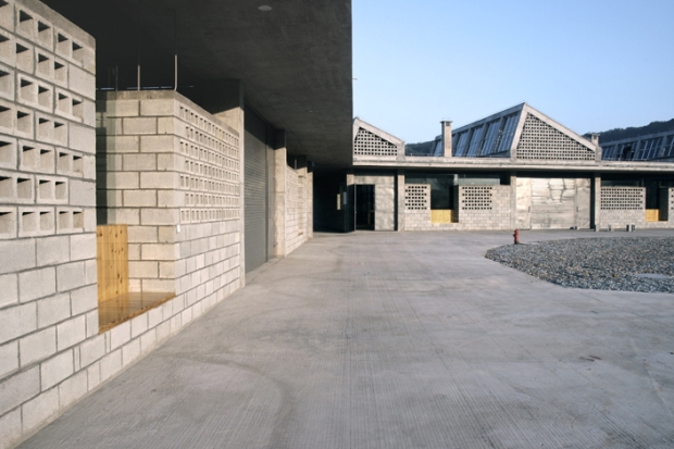 36_china-Wuyishan-Bamboo-Raft-Factory_tao-architects_03