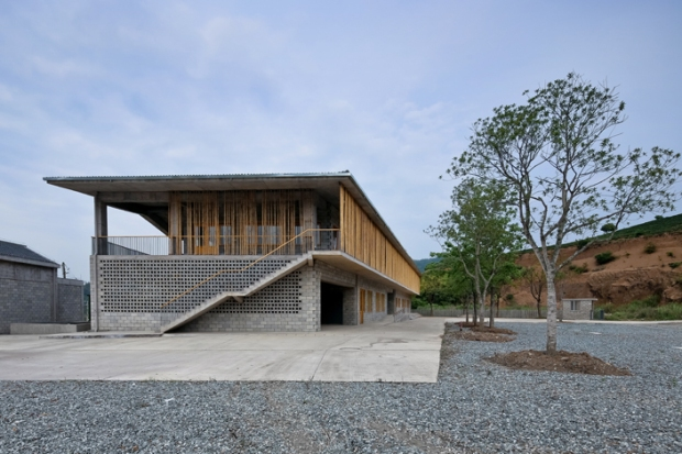 36_china-Wuyishan-Bamboo-Raft-Factory_tao-architects_15