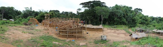 Installing-the-roof-rafters-2014-06-03-at-9.52.59-AM.png.pagespeed.ic.dbgfahkwKN