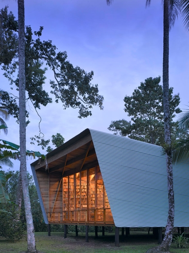 41_Costa-Rica_Casa-Kiké-Gianni-Bosfort_The-study-pavilion-at-dusk