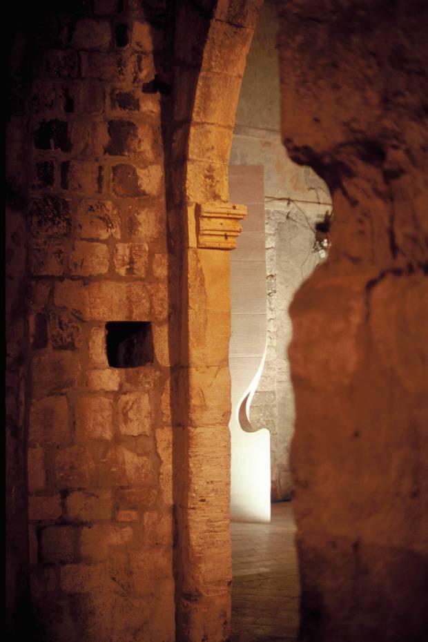 43_Croatia_public-lavatory_Nenad-Fabijanic_protruding-corner-just-seen